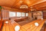 Pirmā māja. Banketu zāle, pirts, virtuve, guļamistabas, karstā baļļa, ūdens dīķis ar piestātni - 11