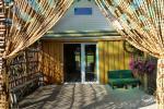 Otra brīvdienu māja līdz 8 personām: viesistaba ar kamīnu, dūmu pirts atsevišķā būdā, karstā baļļa zem jumta, ūdens tenisā ar piestātni, terase un grils - 8